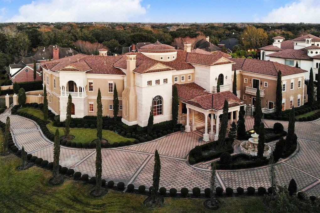 Megamansion in Texas