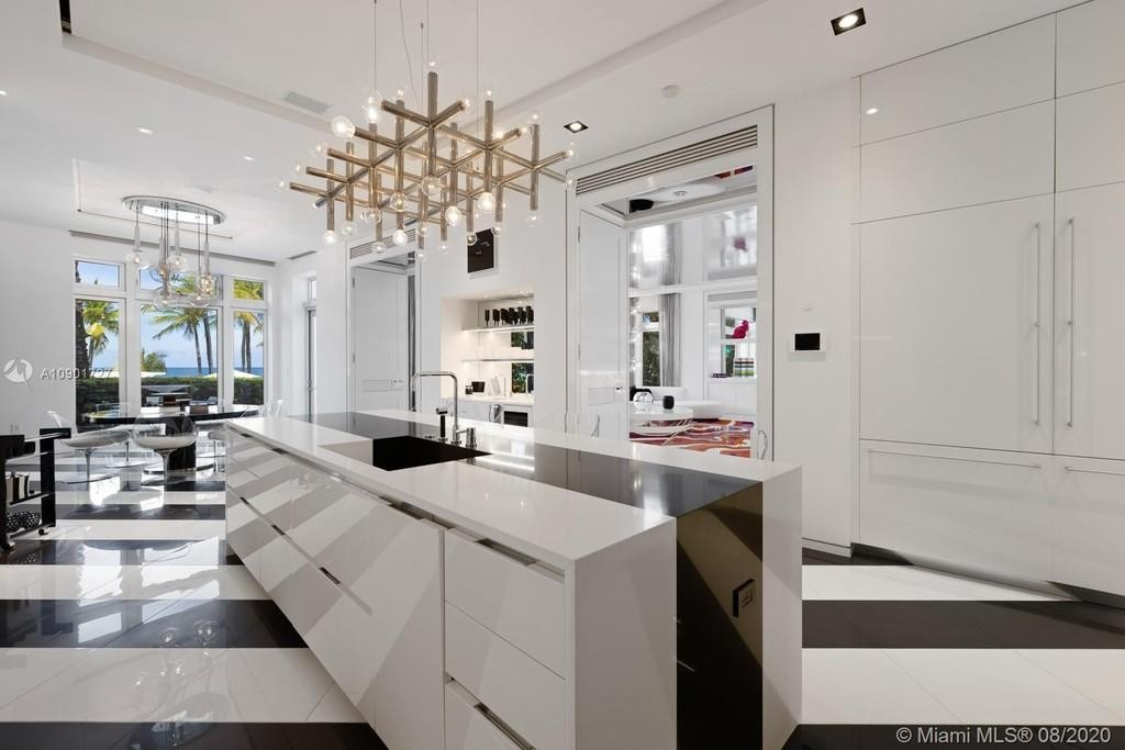 Tommy Hilfiger's kitchen