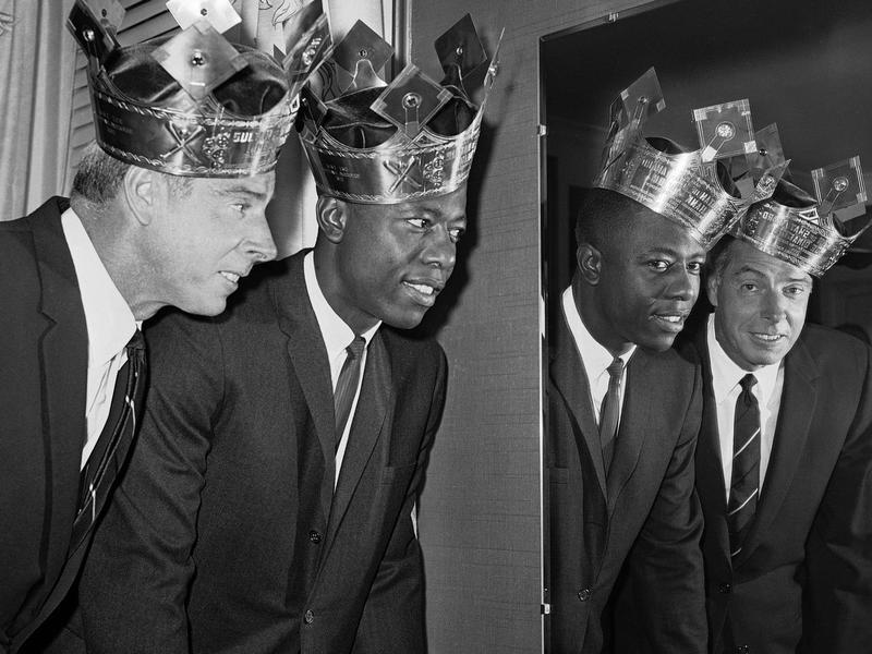 Hank Aaron and Joe DiMaggio