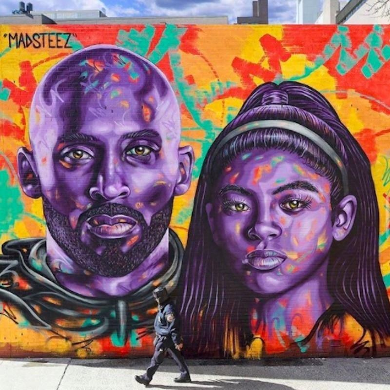 Kobe Bryant and Gianna Bryant mural in New York