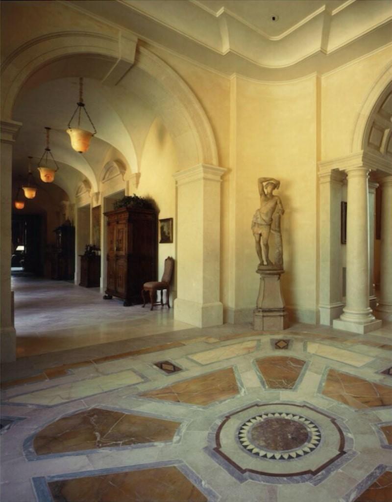 Villa Firenze hallway