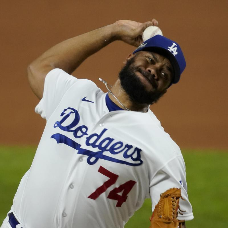 Los Angeles Dodgers' Kenley Jansen throws to San Diego Padres