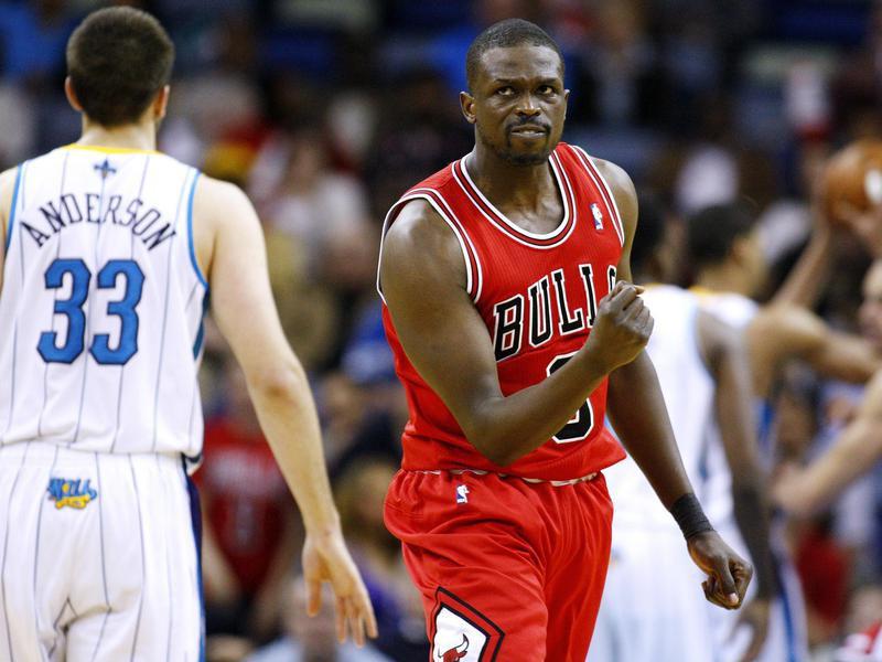 Chicago Bulls forward Luol Deng celebrates