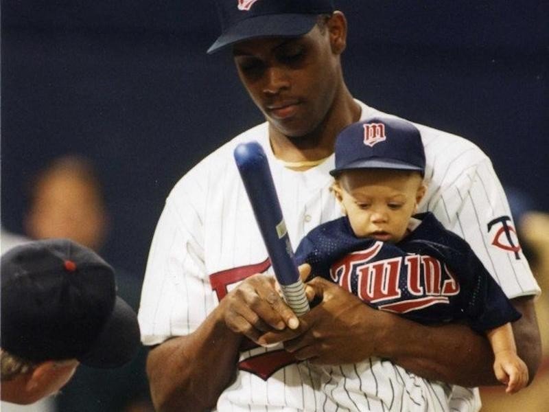 Patrick Mahomes as a baby with father Pat Mahomes
