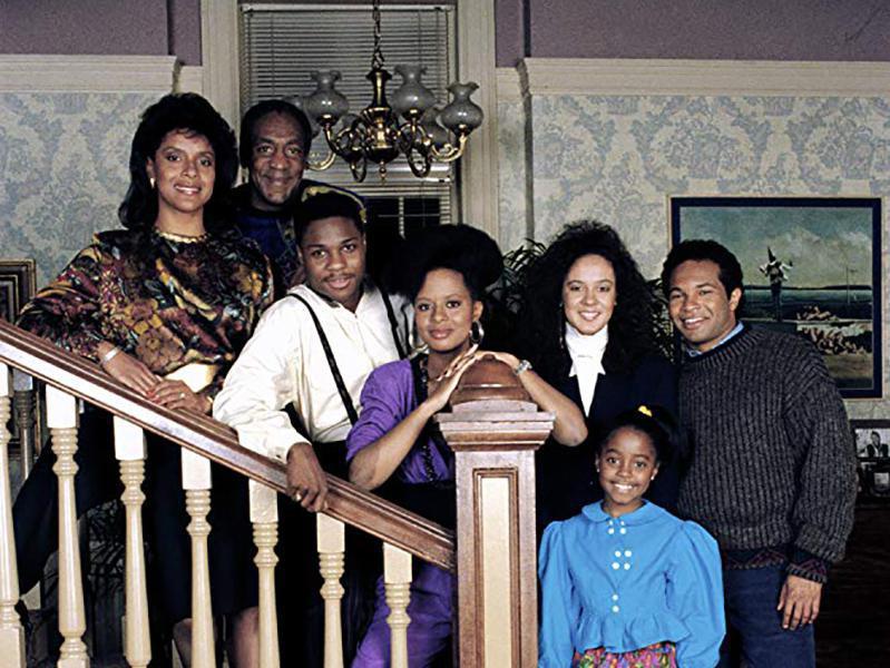 Bill Cosby, Tempestt Bledsoe, Sabrina Le Beauf, Geoffrey Owens, Keshia Knight Pulliam, Phylicia Rashad, and Malcolm-Jamal Warner in The Cosby Show (1984)