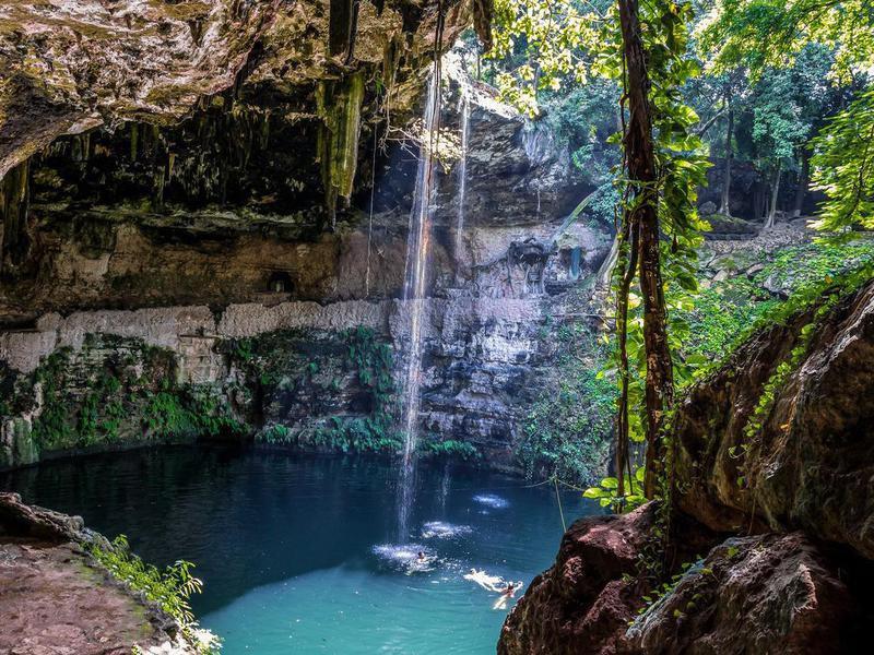 Cenote Zaci, Mexico