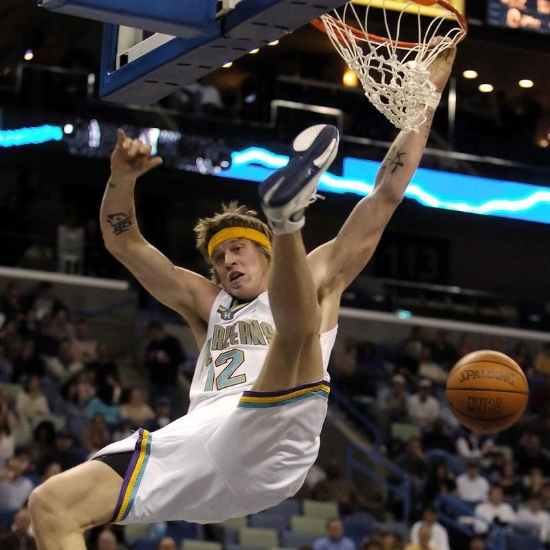 Chris Andersen dunking