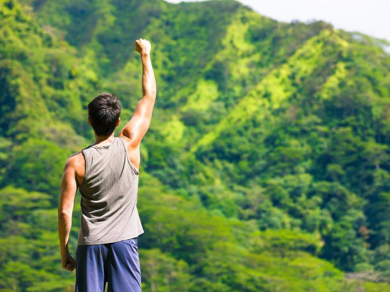 Sports top for Hawaii hike
