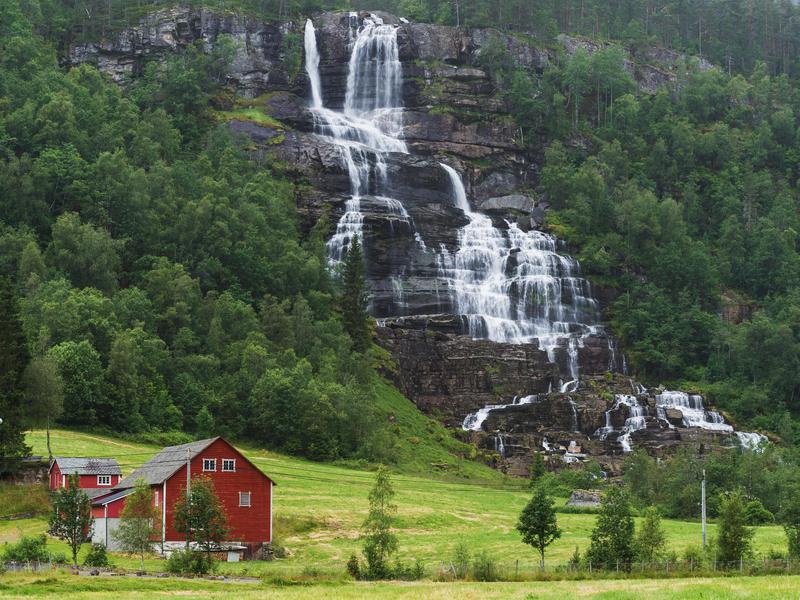 Vinufossen Falls