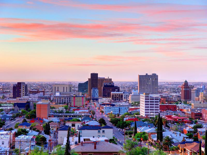 El Paso, Texas experiences 300 days of sunshine a year.