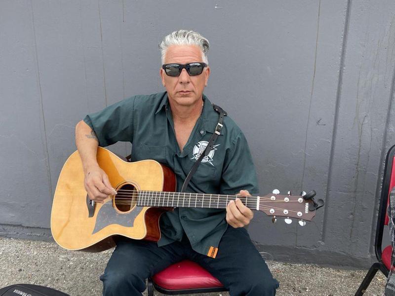 Steve Alba on guitar