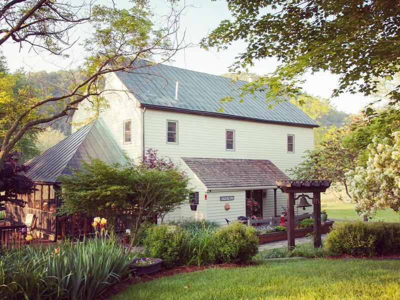 Fort Lewis Lodge & Farm