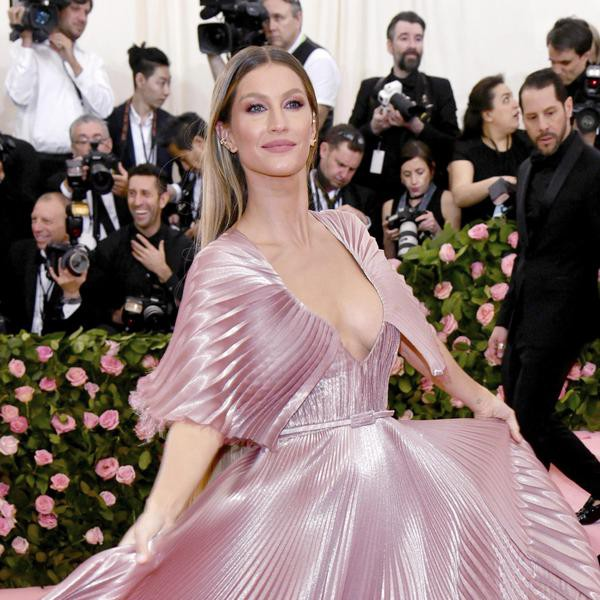 22 Facts About Gisele Bundchen and Her Path to Billionairedom