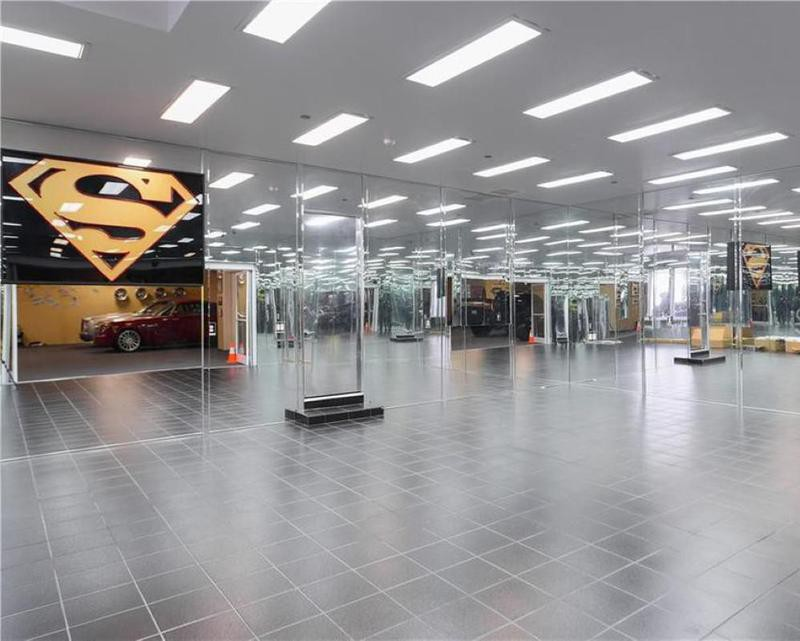 Car showroom with mirrors