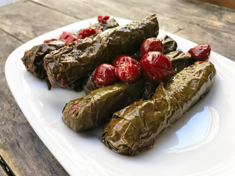Dolma with cherries