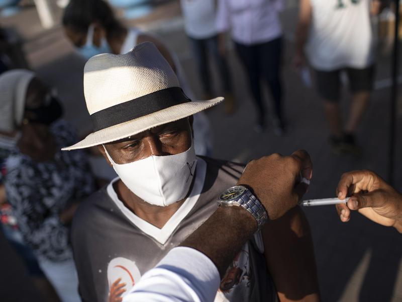 2020: SARS-CoV-2 Pandemic and Vaccine Development