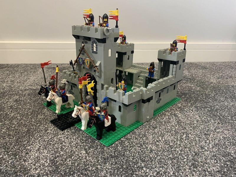 Kings Castle Lego set