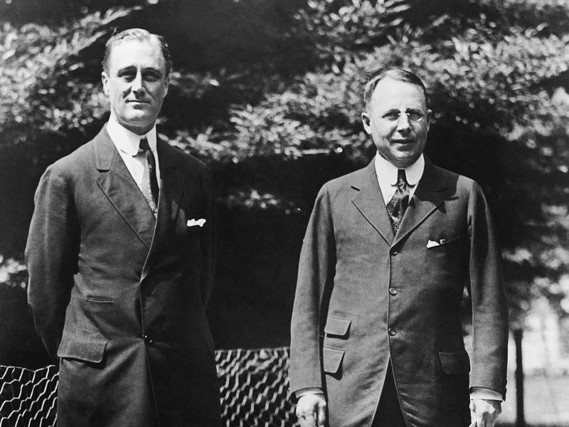 Franklin D. Roosevelt (left) and James M.Cox
