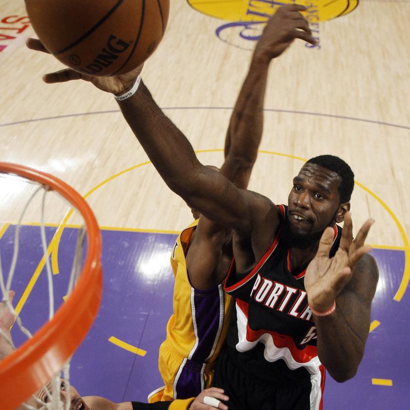 Portland Trail Blazers center Greg Oden making NBA debut