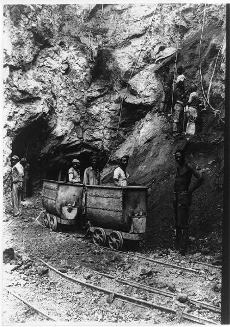 Diamond miners in South Africa, 1911