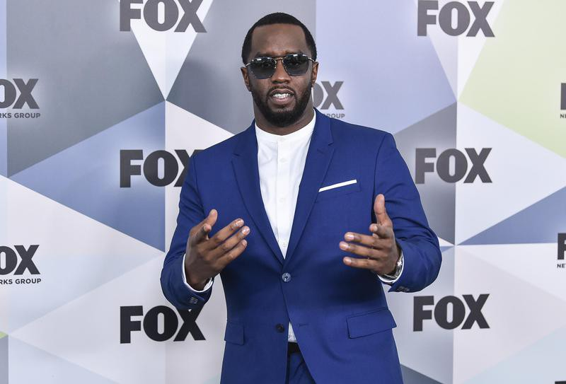 Sean Combs attends Wollman Rink in Central Park