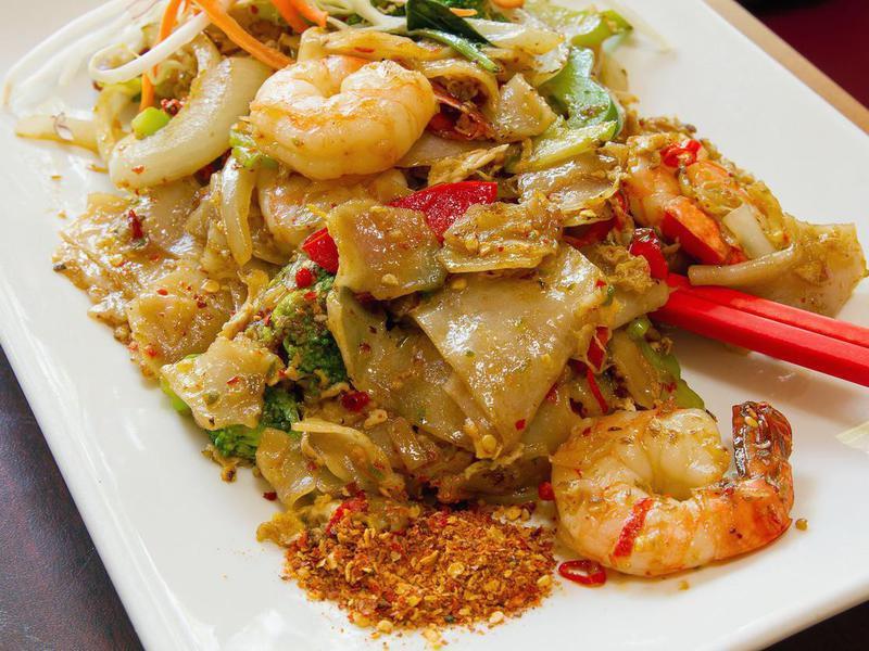 Thai Pad Kee Mao drunken noodles