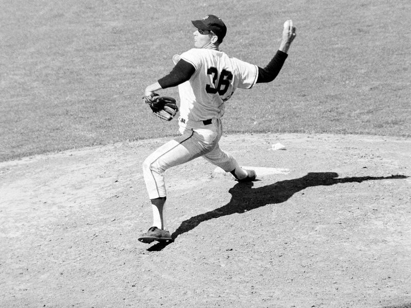 Gaylord Perry pitches in ninth inning