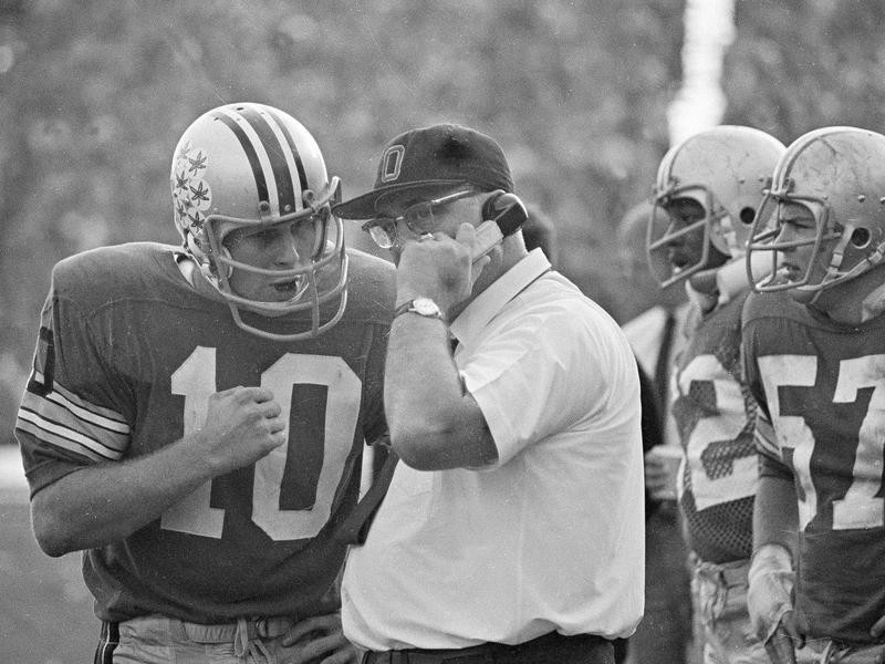 Rex Kern and Woody Hayes