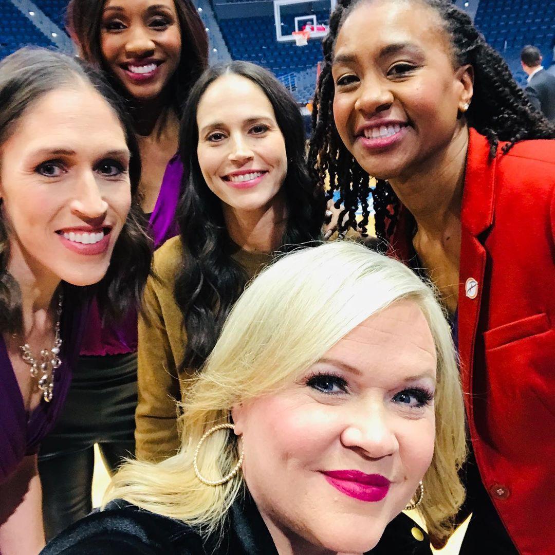 Holly Rowe, Rebecca Lobo, Maria Taylor, Sue Bird, Tamika Catchings