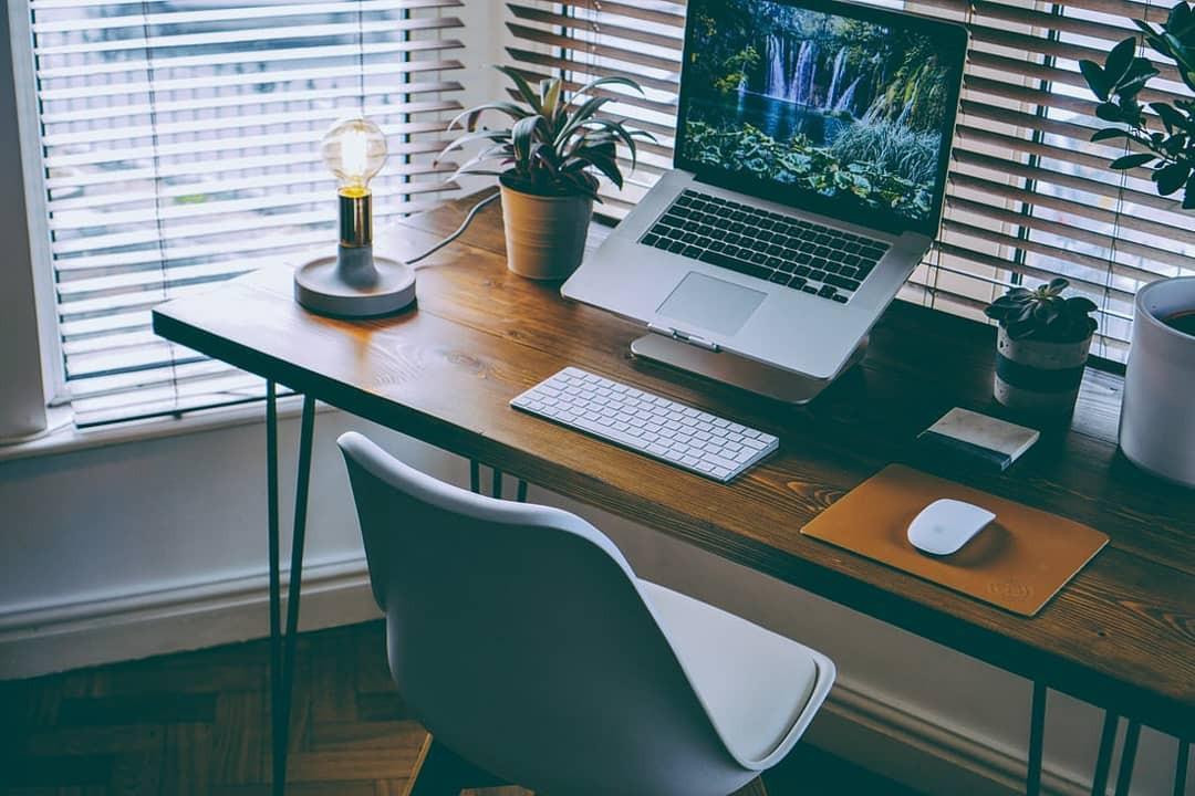 Mac remote work station