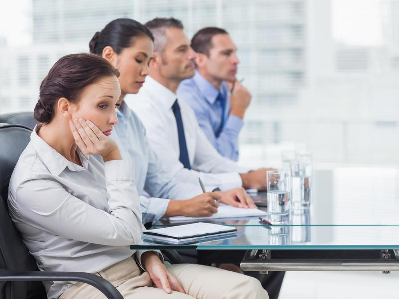 get ahead in your career by avoiding these body language mistakes rh workandmoney com