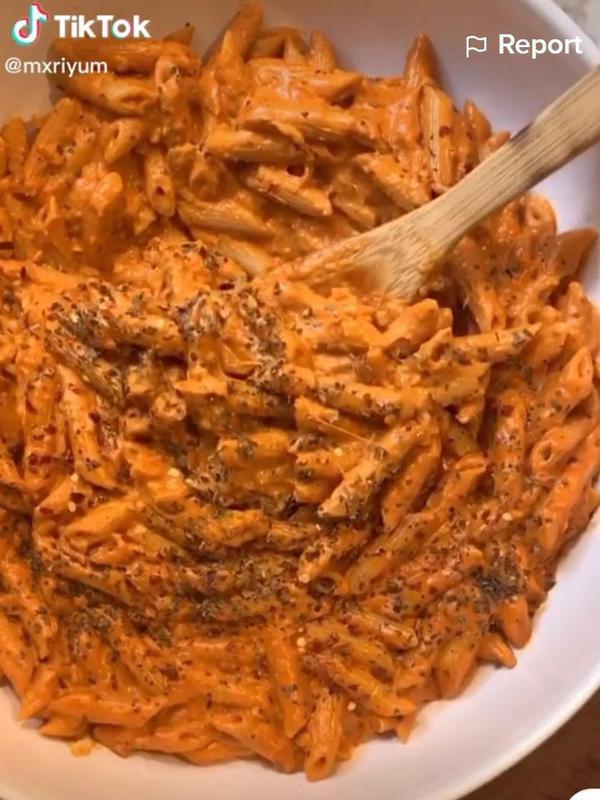 Gigi Hadid's pasta recipe