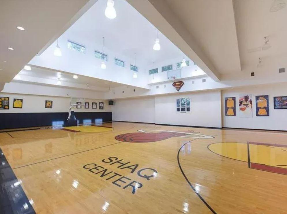 Shaq's personal basketball court