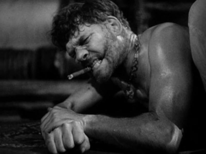 """Walter Huston in """"Kongo"""""""