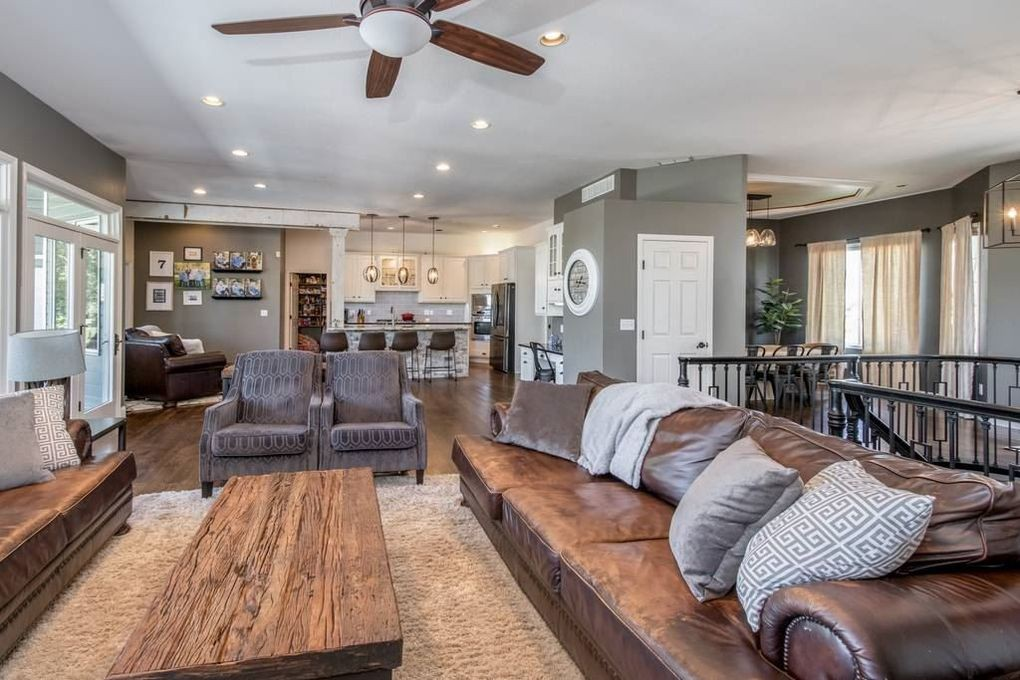 $1 million home in Kansas