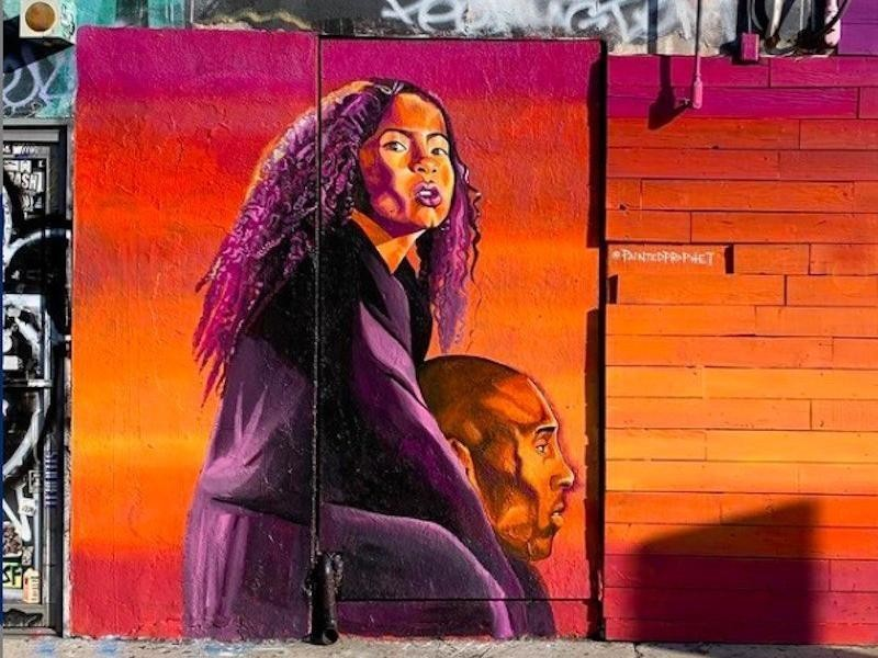 Kobe Bryant and Gianna Bryant mural on Melrose