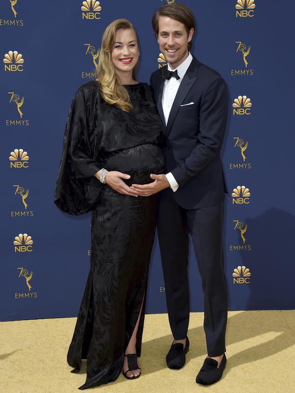 Yvonne Strahovski & Tim Loden