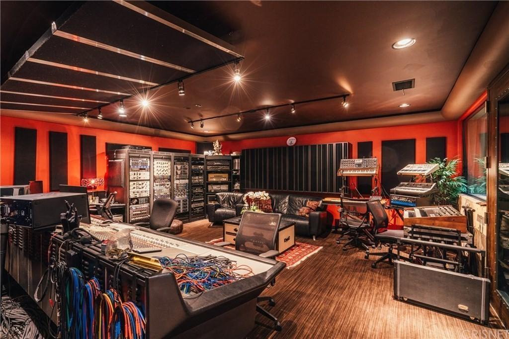 Tommy Lee's recording studio