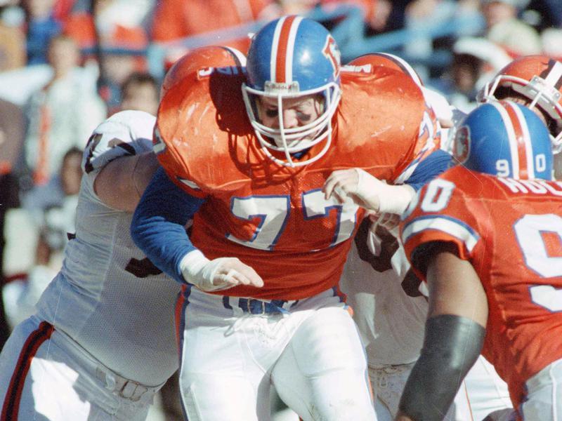 Denver Broncos linebacker Karl Mecklenburg