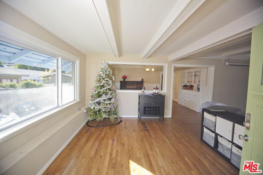 Eagle Rock living room