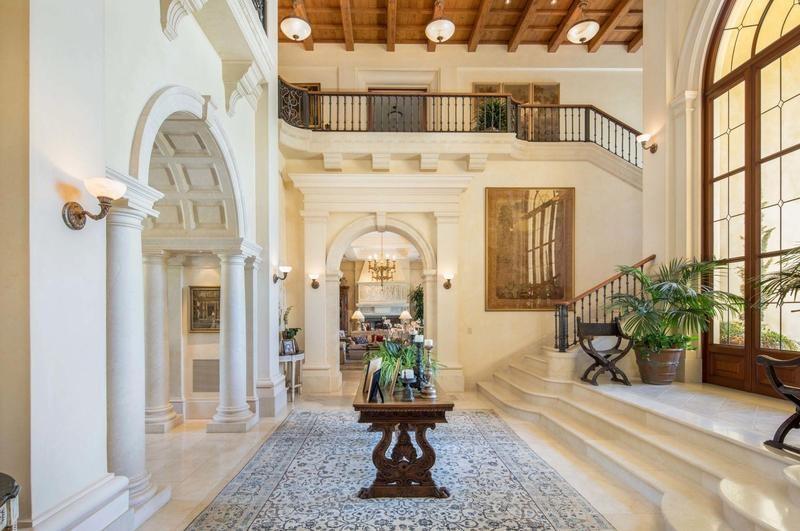 $160 million mansion entryway