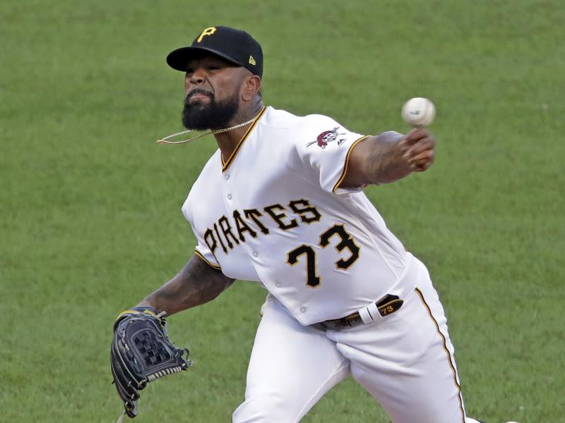 Pittsburgh Pirates relief pitcher Felipe Vazquez delivers during ninth inning