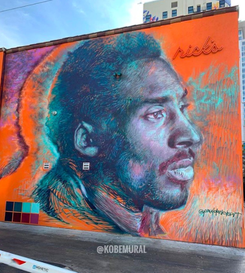 Kobe mural in Los Angeles