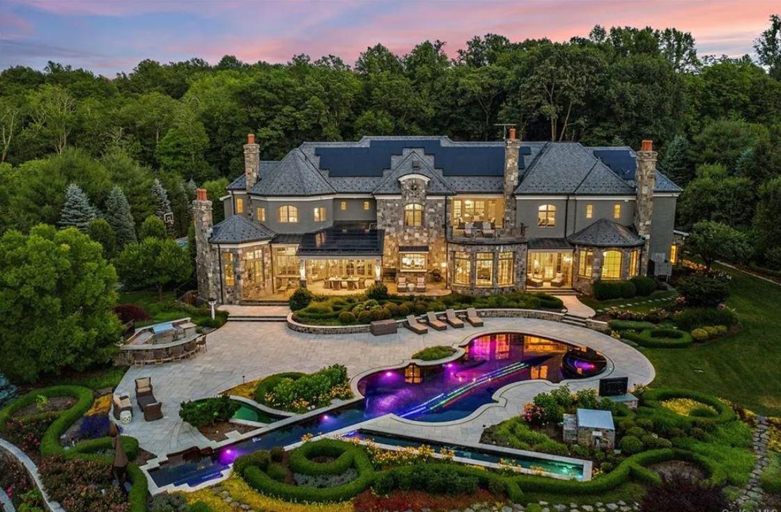 Mariah Carey's quarantine mansion