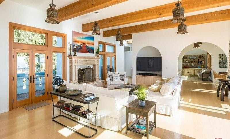 Living room of Brosnan's old house