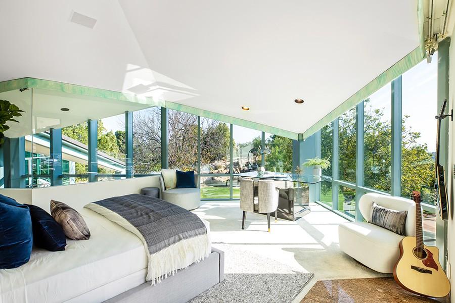 Pharrell Williams' guest bedroom
