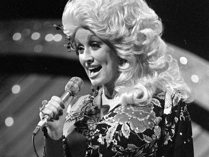 dolly parton 1977 country music awards