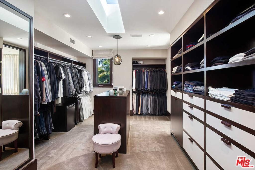 Matt Damon's closet