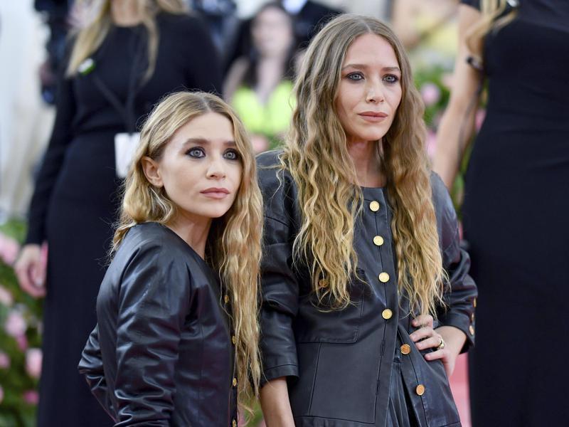 Mary Kate Olsen,Ashley Olsen
