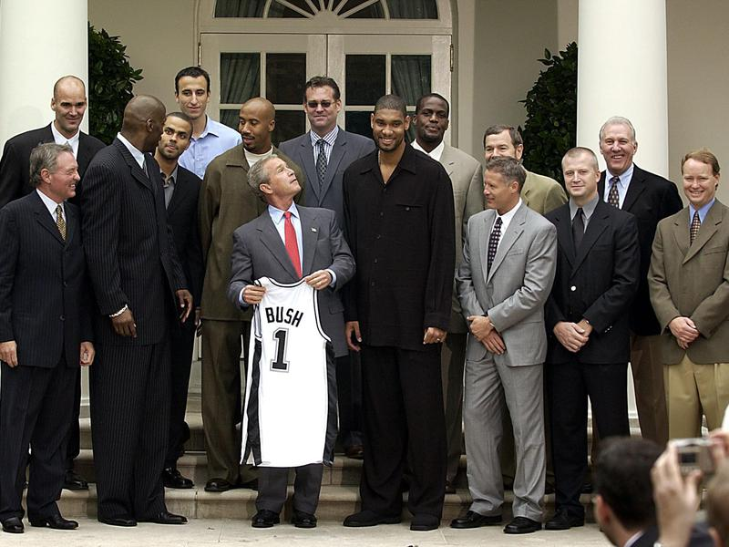 Manu Ginobili at White House with 2003 Spurs